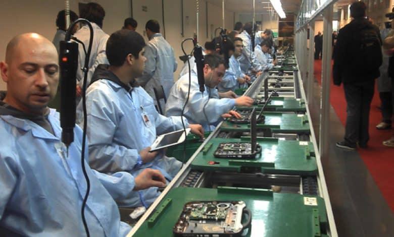 Más de 3000 despidos anuncian la desaparición de las fábricas argentinas de computadoras 1