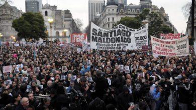 Es masiva la marcha por la aparición de Santiago Maldonado 27