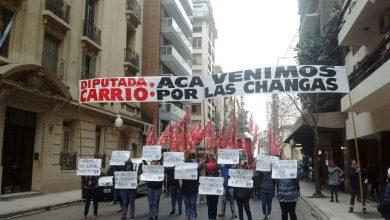 """Movilización al Instituto que preside Elisa Carrió para reclamarle """"changas"""" 11"""