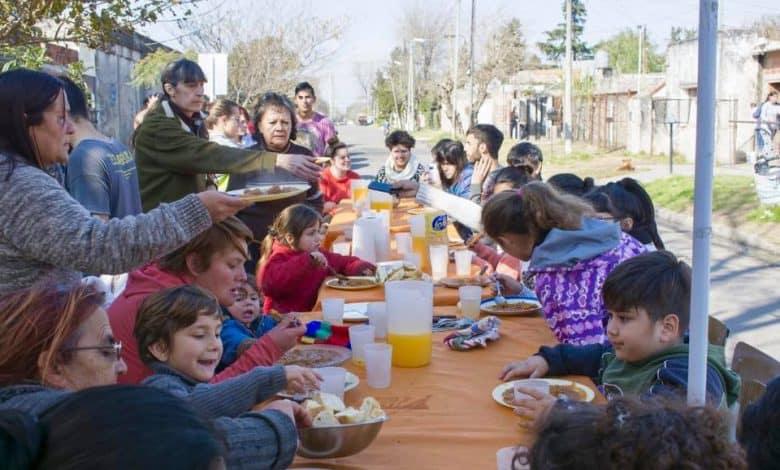 Por la crisis, el Centro Comunitario Minka ahora organiza ollas populares 2