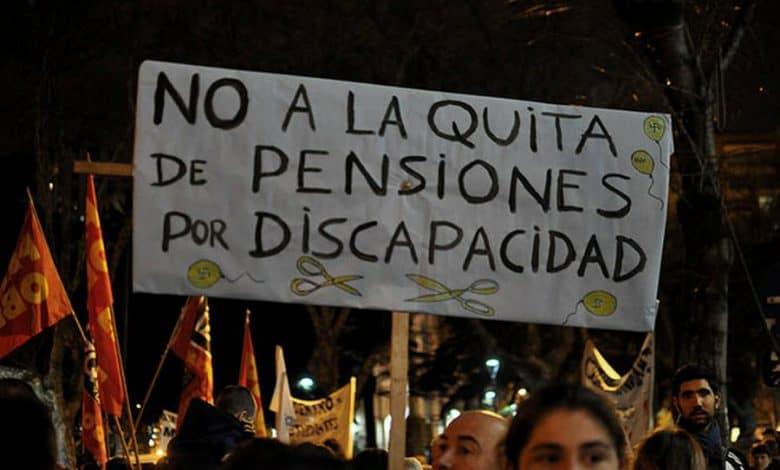 La Justicia ordenó restituir las pensiones por invalidez que el gobierno había quitado 2