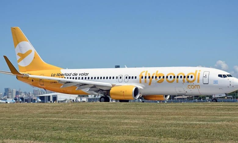 Aterrizaje de emergencia de un avión de flybondi 1