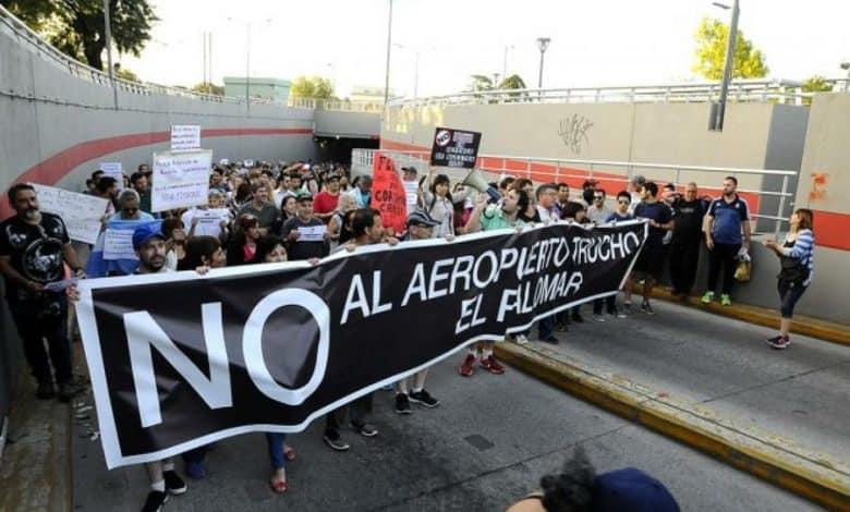 Flybondi: vecinos de varios municipios pidieron la clausura del aeropuerto de El Palomar ante la Corte Suprema 1
