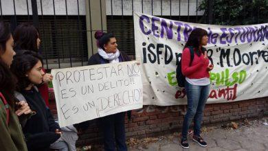 Espían y procesan a una estudiante de Morón por un tweet contra el Presidente Mauricio Macri 4