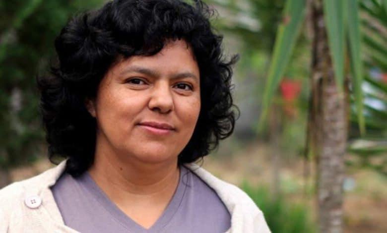 """Ituzaingó: se presentará el libro """"Las revoluciones de Berta"""", de Claudia Korol 1"""