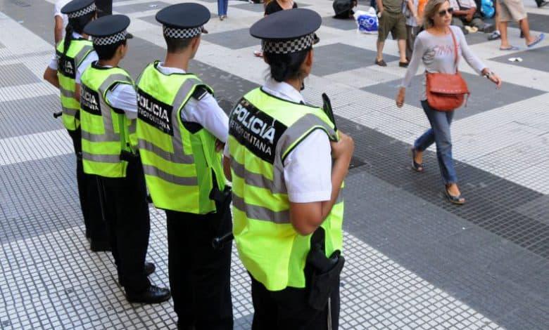 """La """"portación de cara"""" y los """"controles poblacionales""""vuelven a ser motivo de requisitoria policial en Buenos Aires 1"""