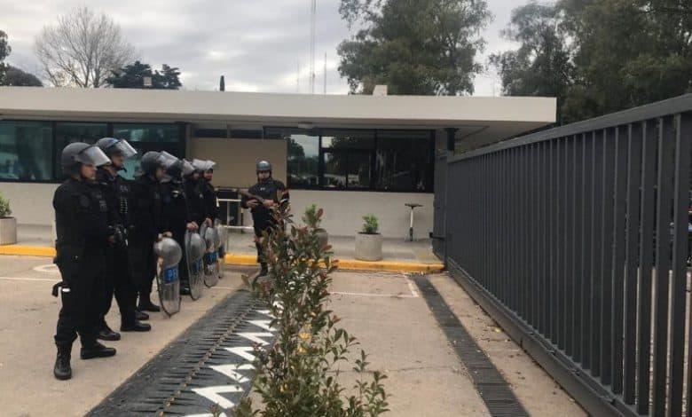 La Policía Federal a los tiros contra los mineros y trabajadores del INTI 2