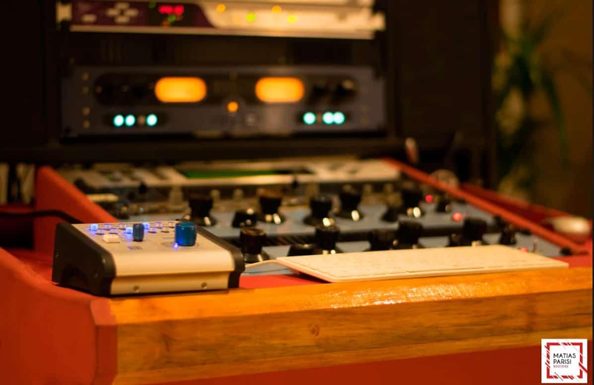 Ituzaingó: Clase magistral de masterización de sonido en el auditorio Néstor Kirchner 3