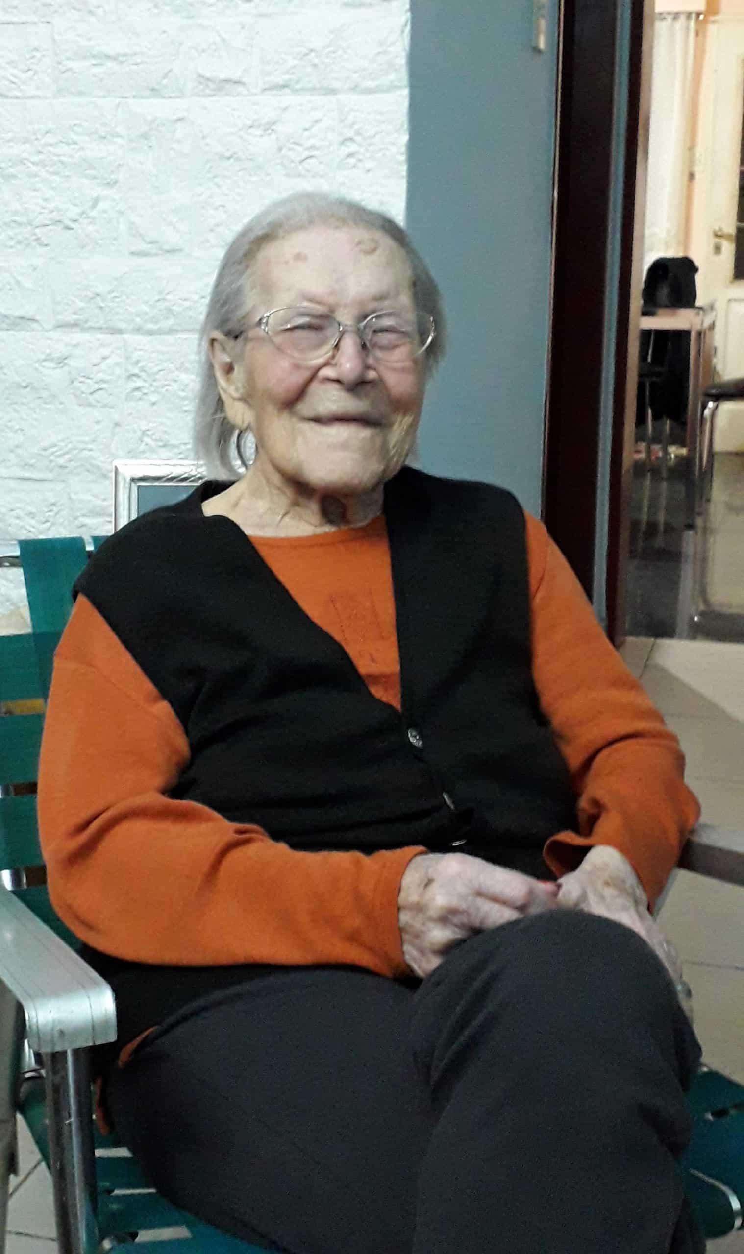 Margarita Ferrer con 103 años es la Ituzainguense más longeva y vive en Villa Las Naciones 5