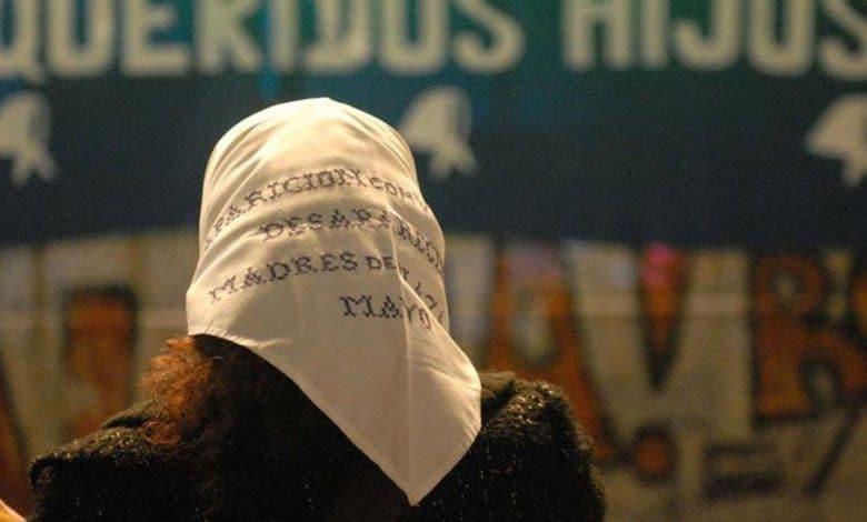 En la marcha contra la impunidad, las Madres le piden a la gente que vayan con pañuelos blancos 1