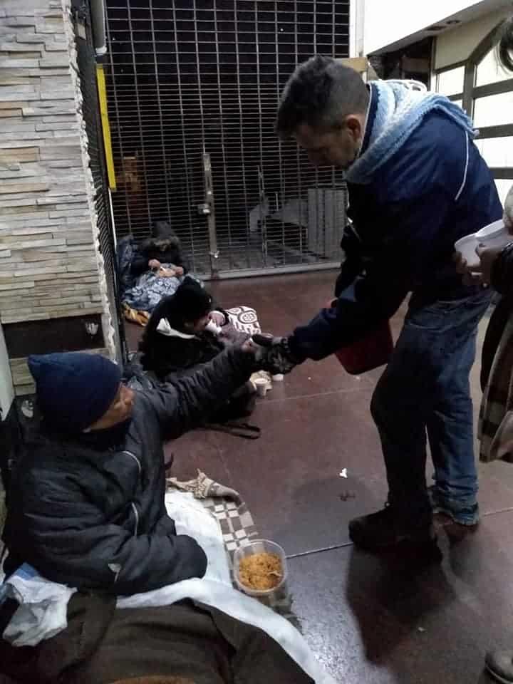 UMAI (Una mano Amiga Ituzaingó) solidaridad y compromiso con los más necesitados 5