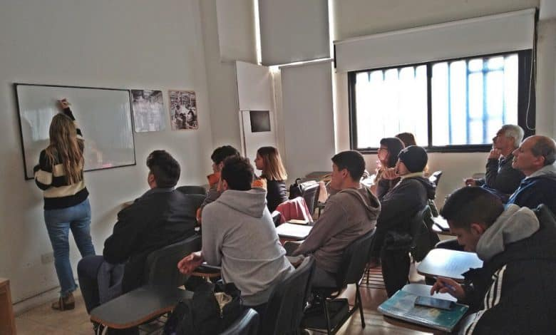 Ituzaingó: Inscripción para cursos gratuitos de diseño web y diseño gráfico 1