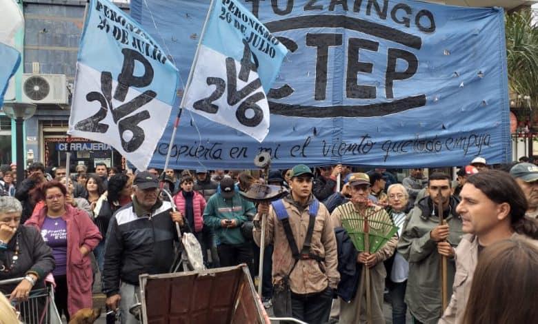 Organizaciones Sociales se movilizan al centro de Ituzaingó frente al ANSES 3