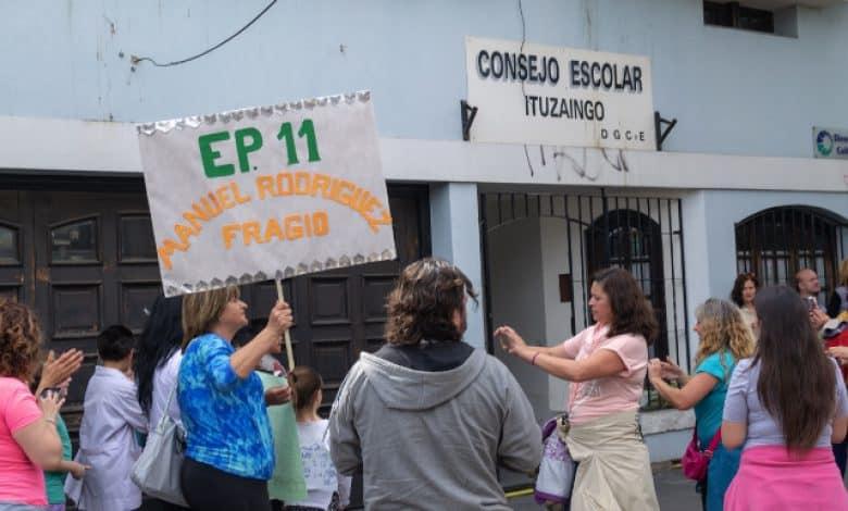 Ituzaingó: los centros de estudiantes se movilizaron al Consejo Escolar en busca de respuestas 1