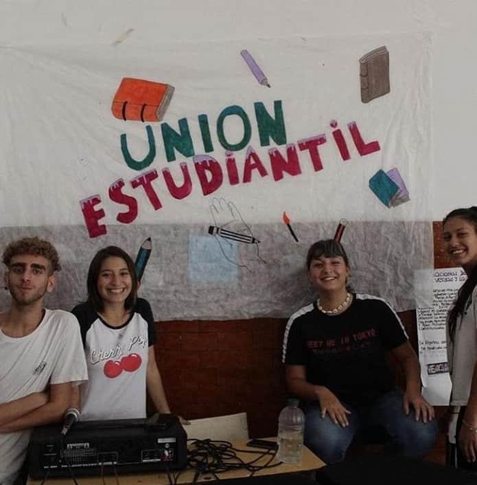 La Unión estudiantil: el Centro de Estudiantes de la Secundaria N°13 de Ituzaingó 5