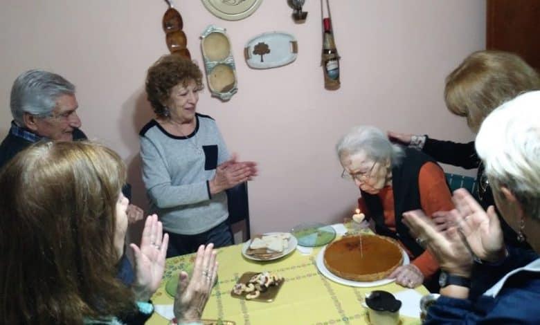 Margarita Ferrer con 103 años es la Ituzainguense más longeva y vive en Villa Las Naciones 3