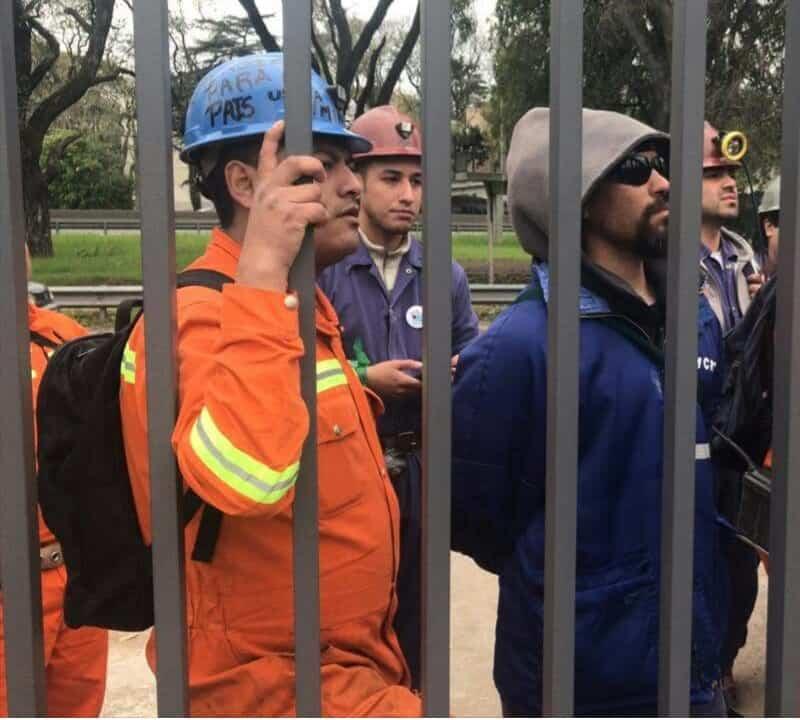 La Policía Federal a los tiros contra los mineros y trabajadores del INTI 3