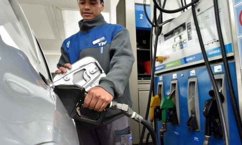 Nuevo incremento de combustibles: YPF aumentó 2,5% la nafta y 1,75 el gasoil% 1