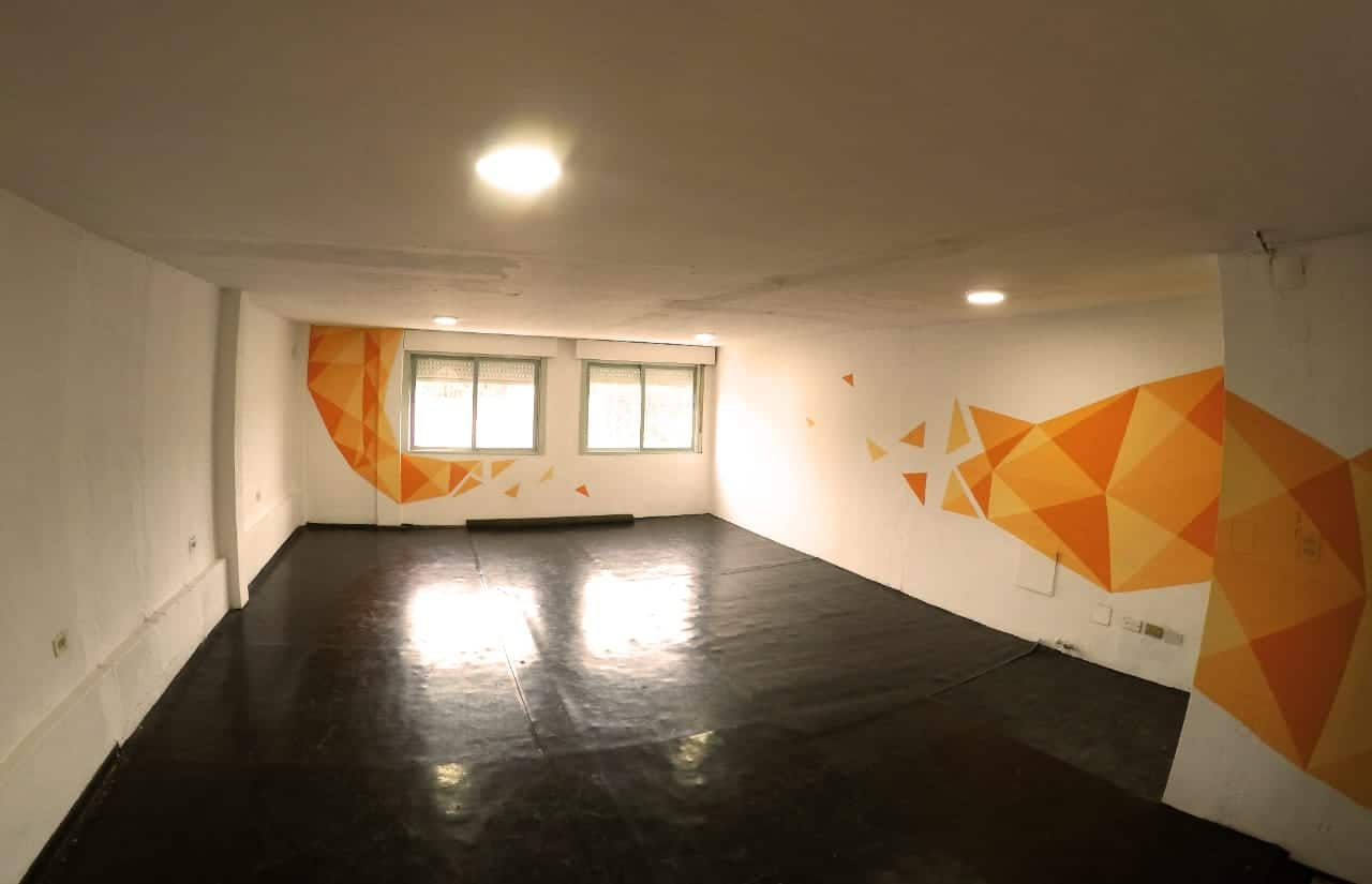 La Escuela de circo 'De pies a cabeza' se muda al centro de Ituzaingó 5