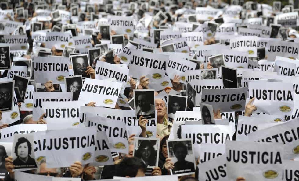 Hoy se cumplen 25 años del atentado a la AMIA: Habrá tres actos en homenaje a las víctimas 3