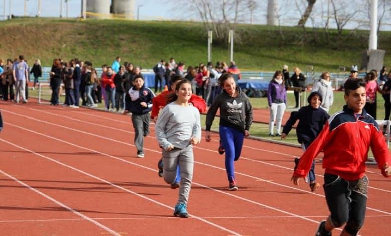 Se inaugura la pista de atletismo en La Torcaza 1