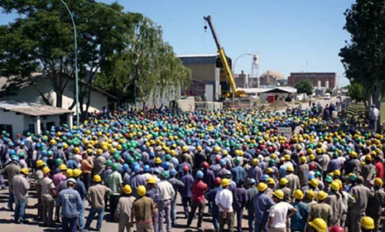 El Gobierno no intervino y finalmente despidieron a 2000 trabajadores en Zárate 1