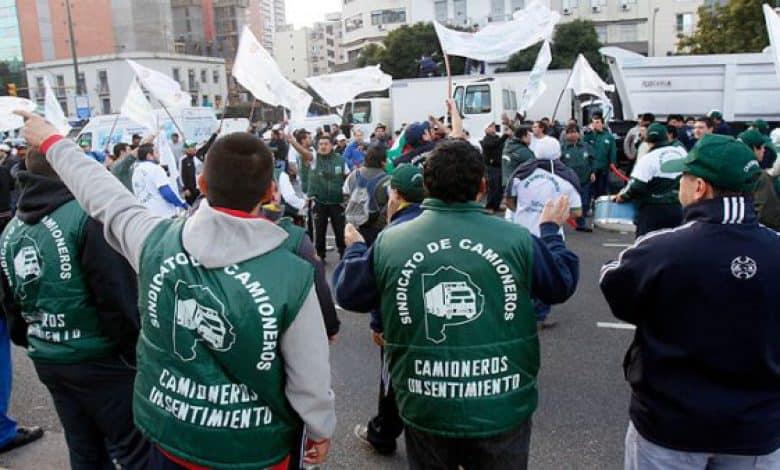 Se paraliza la Patagonia petrolera el viernes con la adhesión al paro de camioneros 1