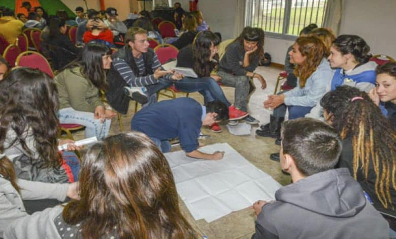 Centros de Estudiantes de diferentes escuelas de Ituzaingó, se reunieron en La Torcaza 1