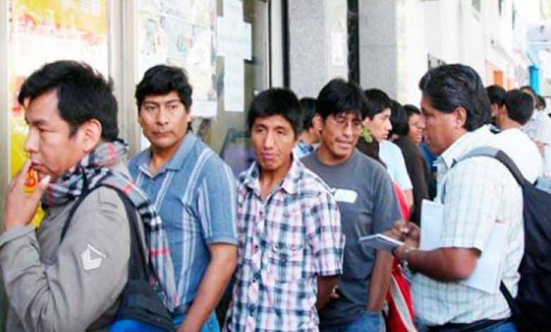 """El gobierno comenzará a """"trasladar"""" a los inmigrantes latinoamericanos al interior del País 1"""