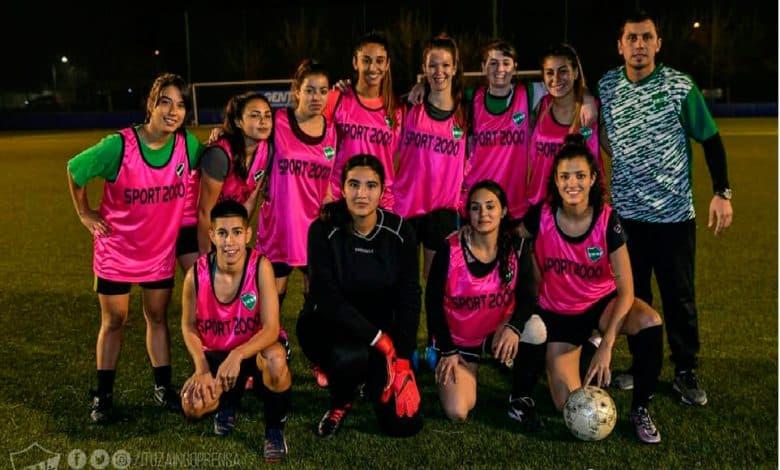 Fútbol femenino: Las leonas empataron con Velez mostrando un buen nivel 2