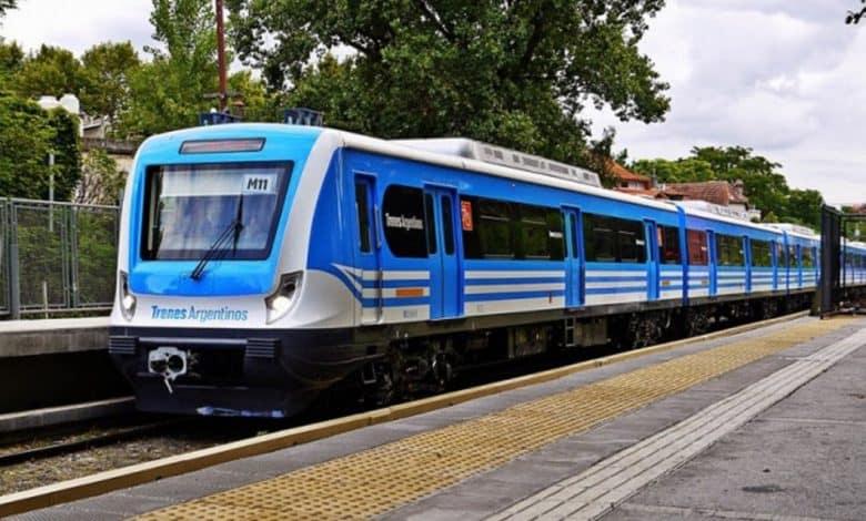 Mañana aumentan los colectivos y el tren Sarmiento 2