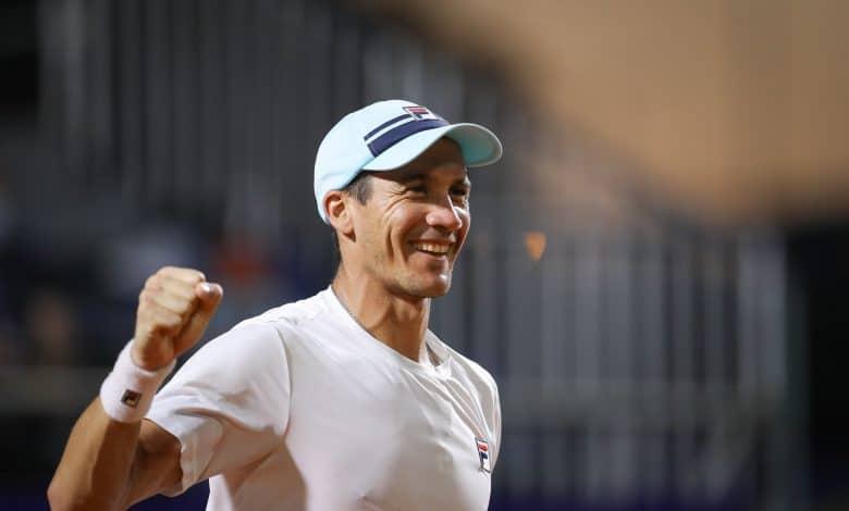 Un argentino va por su primer título en Santiago 1