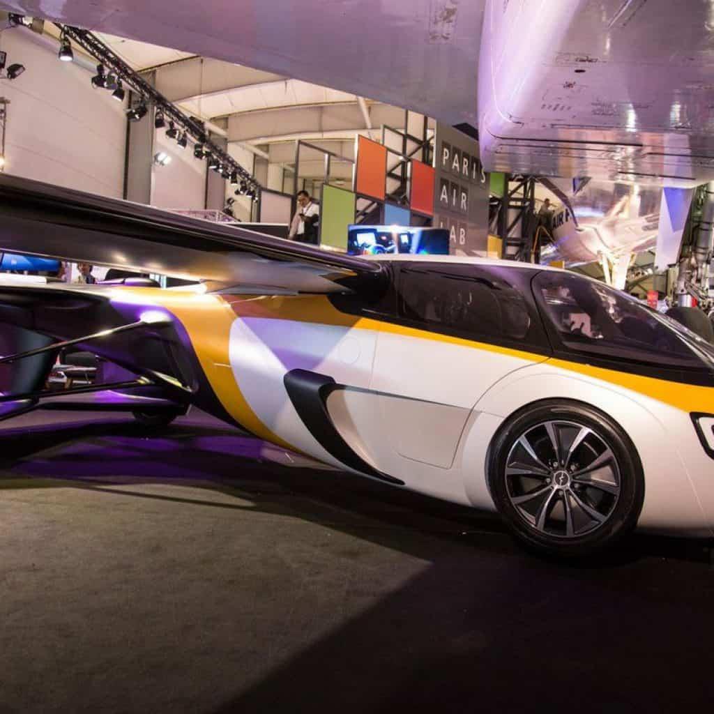 """La ficción se vuelve realidad: Primer """"auto volador"""" podría ser lanzado en 2023 3"""