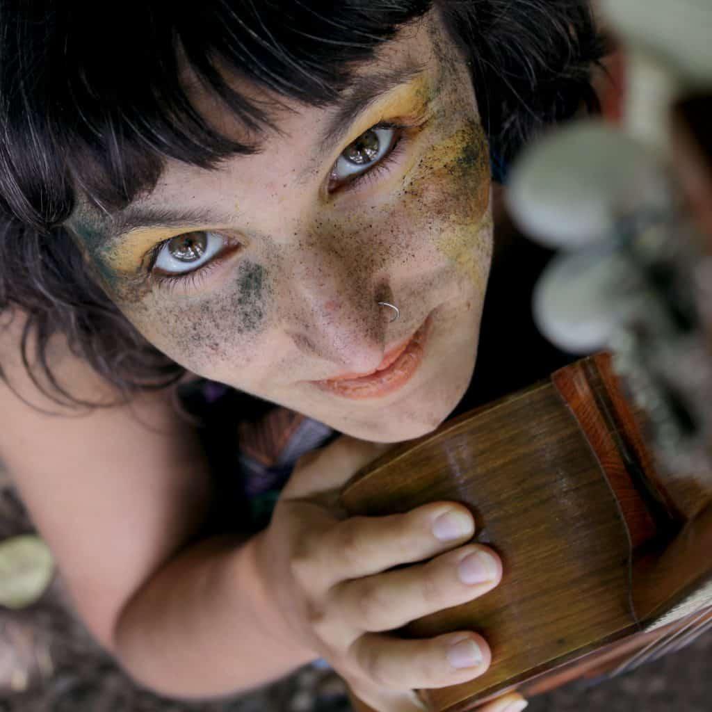 Caro Tapia lanzó el álbum 'Serpiente Emplumada', donde la energía femenina es protagonista 2