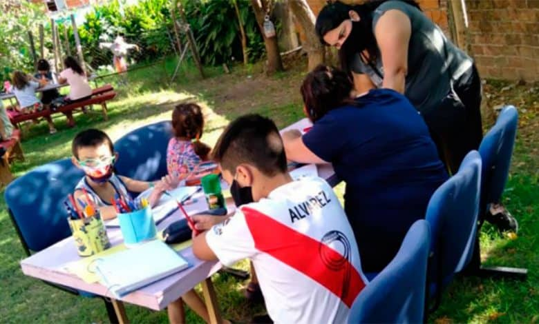 Ituzaingó: Una estudio pudo determinar como estudian los chicos desde la casa en plena pandemia 1