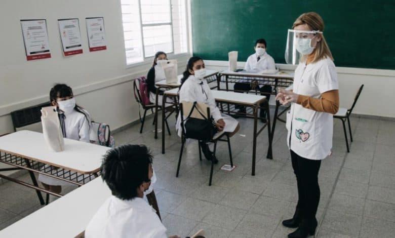 Morón: continúan las remodelaciones en las escuelas del distrito 1