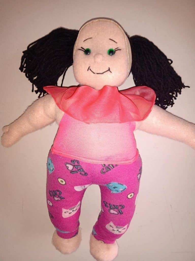 Morón: lanzan muñecos inclusivos elaborados por mujeres víctimas de violencia de género 3