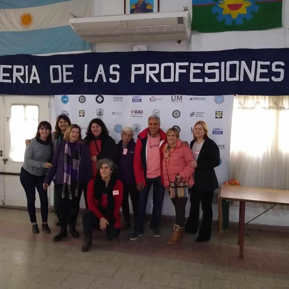 Ituzaingó: arranca la Feria de las Profesiones organizada por vecinos del Barrio Aeronáutico 1