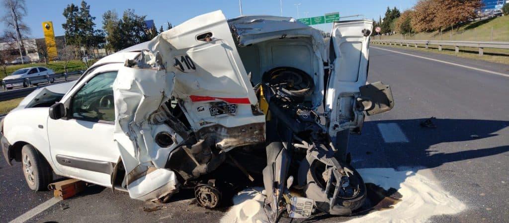 Ituzaingó: accidente múltiple en la autopista 2 menores fallecidos y una mujer en grave estado 3