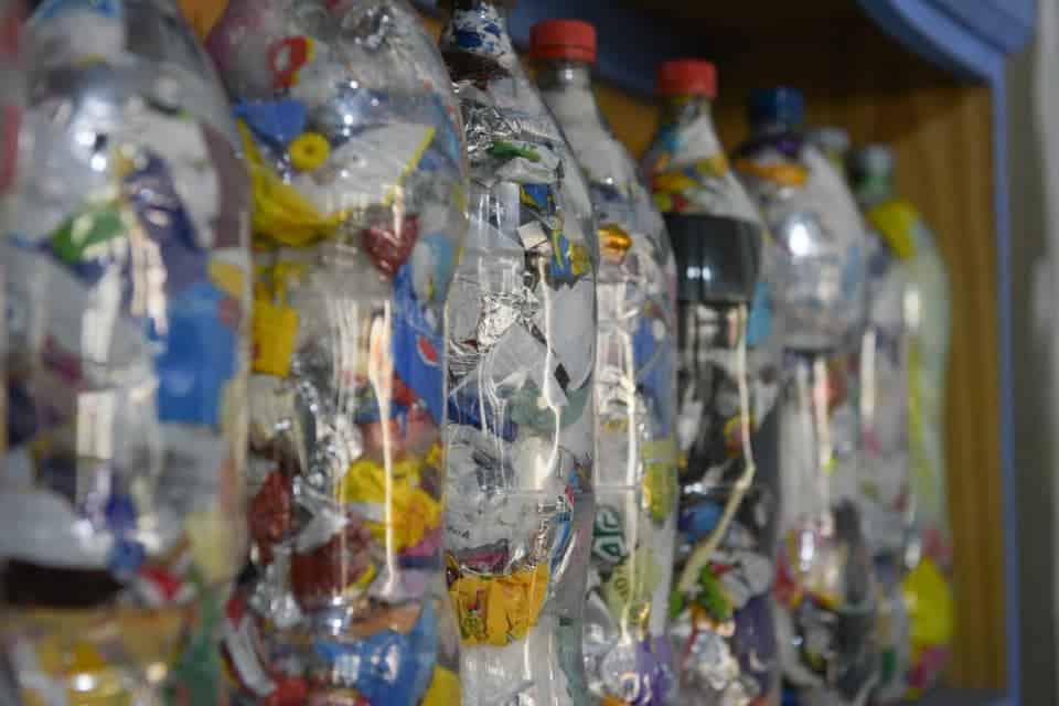 Botellas de Amor una forma de cuidar el ambiente de Ituzaingó 3