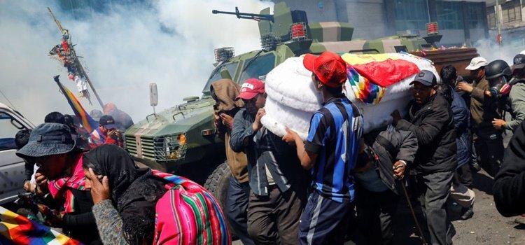Organizaciones de Derechos Humanos de todo el continente piden la detención de Macri por el envío de armas a Bolivia 3