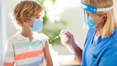Hoy comienzan a vacunar a menores de 12 a 17 años 27